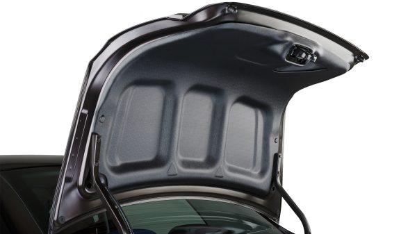 Накладка на внутреннюю часть двери багажника