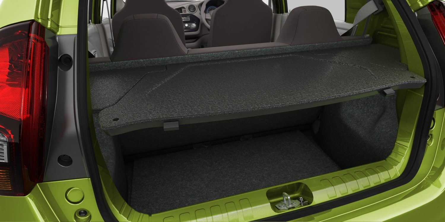 Datsun redi-GO interior boot space empty with cargo cover